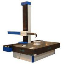 Coordinate measuring machine with horizontal arm / multi-sensor