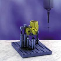 Mechanical clamping device / for coordinate measuring machines