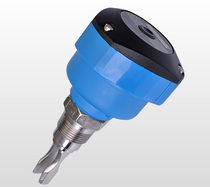 Vibrating level switch / for liquids / stainless steel / IP65