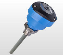 Capacitive level switch / for solids / for liquids / IP65