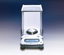 Semi-micro scales / with LCD display