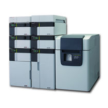 Liquid chromatograph / coupled to a mass spectrometer / laboratory