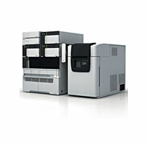 Ultra-high-performance liquid chromatograph / LC/MS / laboratory