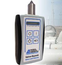 Gas leak detector / acoustic / with digital display