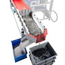 Linear vibrating screener / for pellets