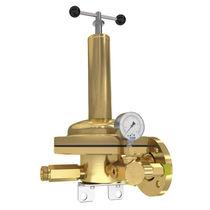 Acetylene pressure regulator / single-stage / spring / brass