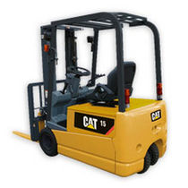 3-wheel electric counterbalanced forklift truck 1.3 - 2.0 t | EP13-20TCA Cat Lift Trucks