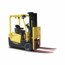 3-wheel electric forklift truck 1.3 - 1.5 t | A1.3-1.5XNT HYSTER