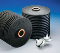 Activated carbon filter element / for liquids