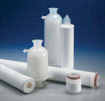 Liquid filter cartridge / depth / polypropylene