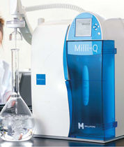 Laboratory ultra-pure water purification unit