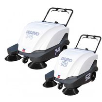 Walk-behind sweeper / battery-powered / combustion engine / compact
