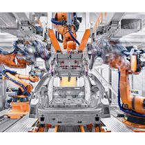Robotic laser welding cell / for the automotive industry