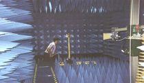 RF immunity test chamber / anechoic