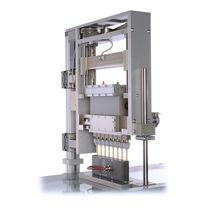 Automatic dispenser / liquid / vacuum