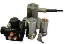 Triaxial acceleration sensor / piezoelectric
