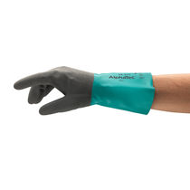 Laboratory gloves / chemical protection / nitrile / for the automotive industry