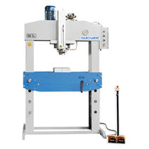 Hydraulic press / straightening / deep drawing / swaging