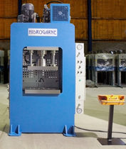 Hydraulic press / stamping / downstroke