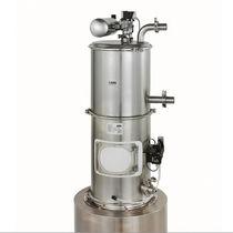 Pneumatic conveying vacuum receiver