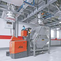 Multi-container filling machine / with AGV system