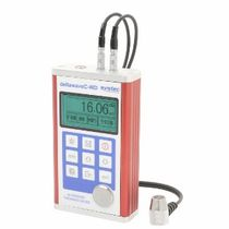 Wall thickness gauge / ultrasonic