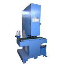 Flat grinding machine / for tubes