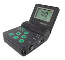 Portable pH meter / process / with automatic temperature compensation / with LCD display