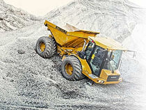 Articulated dump truck / diesel / mining