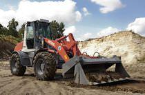 Wheeled loader / articulated