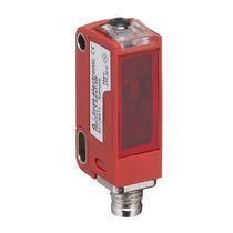 Retroreflective photoelectric sensor / rectangular / laser / LED