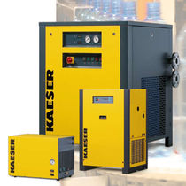 Refrigerated compressed air dryer / for high-pressure applications