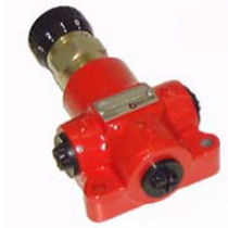 Hydraulically-operated valve / flow control / for oil / pressure-compensated