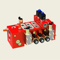 Spool hydraulic directional control valve / modular / compact / sectional