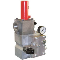 Hydraulically-operated valve / for oil / for elevators