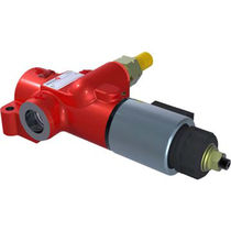 Flow control valve / for oil / rugged / pressure-compensated