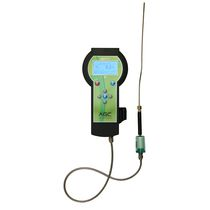 Oxygen analyzer / gas / portable