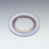 Lipped seal / spiral / stainless steel / flat