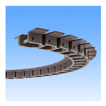 Plastic conveyor chain / small-size