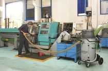 Oil and chip vacuum cleaner / single-phase / industrial / stainless steel