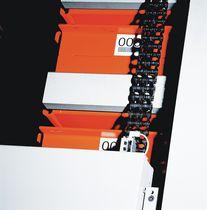 Vertical storage system / overhead crane / for bars