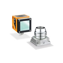 Optical level sensor / for liquids / bulk solids