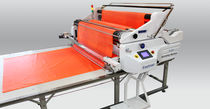 Automatic spreading machine / for textiles