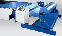 Feeding unit for cutting applications / for fabric roll / automatic