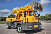 Medium excavator / telescopic / truck-mounted / rubber-tired