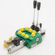 Spool hydraulic directional control valve / lever-operated / monobloc