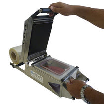 Manual tray sealer / compact / for trays