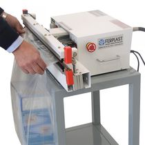 Sachet impulse sealer / pedal-operated / semi-automatic / with air suction