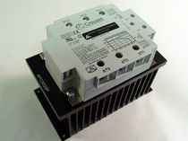 Solid-state relay / phase / panel-mount / three-phase