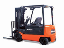 Electric forklift / ride-on / 4-wheel / handling